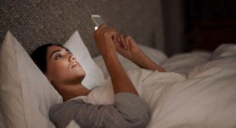 Γιατί ξαφνικά ειδικοί στις ΗΠΑ προειδοποιούν πως πρέπει να κρατάμε τα κινητά τηλέφωνα μακριά από το σώμα μας
