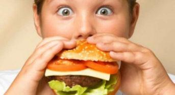 Τα υπέρβαρα παιδιά κινδυνεύουν περισσότερο από υπέρταση