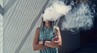 FDA: Το άτμισμα μπορεί να ευθύνεται για επιληπτικές κρίσεις στις νεαρές ηλικίες