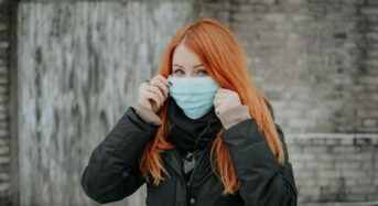 Κορωνοϊός: Νέες συστάσεις ΠΟΥ για τη χρήση μάσκας
